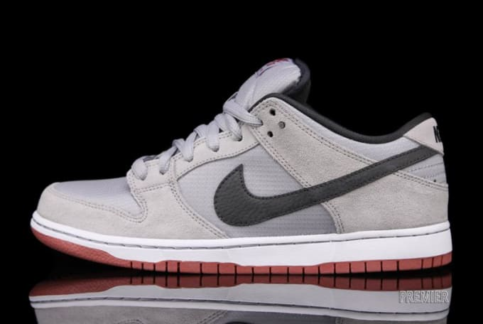 detailed look c3b3c d4bd7 Nike SB Dunk Low Pro