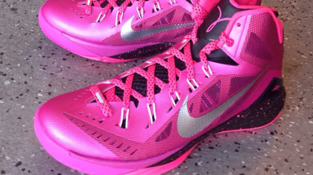 ea81f230b37c The Nike Hyperdunk 2014 Goes Pink for Breast Cancer Awareness