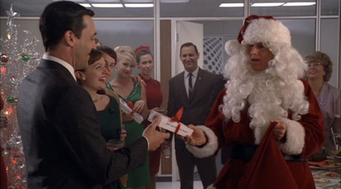 watch it today because in a strange but not entirely surprising coincidence we decided to feature a mad men christmas episode on the same day as complexs