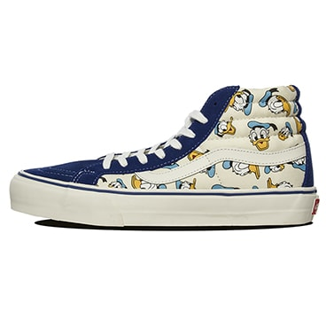 After recently seeing the Disney x Vans Vault collection popping up at  overseas retailers 3074bdd88