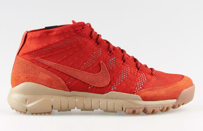 sports shoes d0a58 ef7ef Nike Flyknit Trainer Chukka SFB