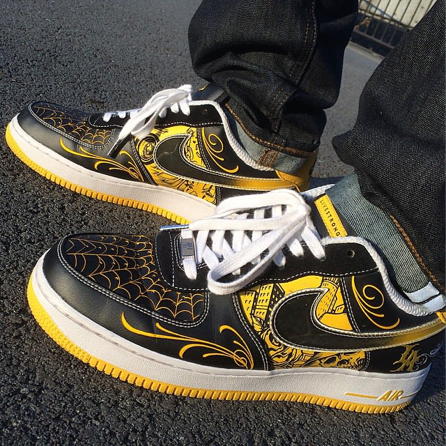 reputable site 52e7e 6a0c7 LIVESTRONG x Mister Cartoon x Nike Air Force 1 Low .