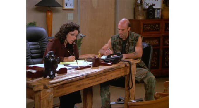 Elaine S Stint As President Of J Peterman Led To Some Seinfeld Most Sartorially Inclined Lol Storylines Tops On That List Is The Time She Promoted