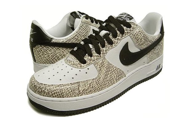 newest 39b7e 18428 Nike Air Force 1 Low