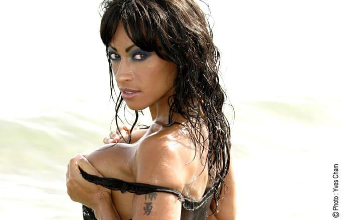 Nika Noire Pornstar Female Big Cock Slender Showing Tits