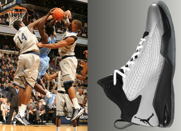 super popular cf3e7 6ce0a The 20 Greatest Sneakers in Georgetown Basketball History   Complex