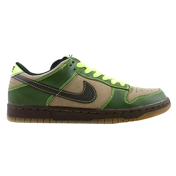 best sneakers d5ee4 0adb1 Nike Dunk SB Low Pro