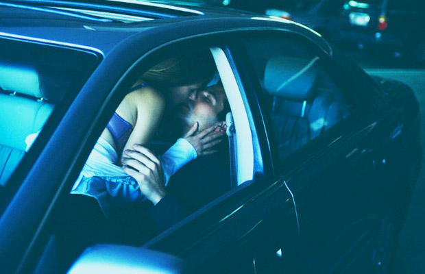 Hookup a woman with no car