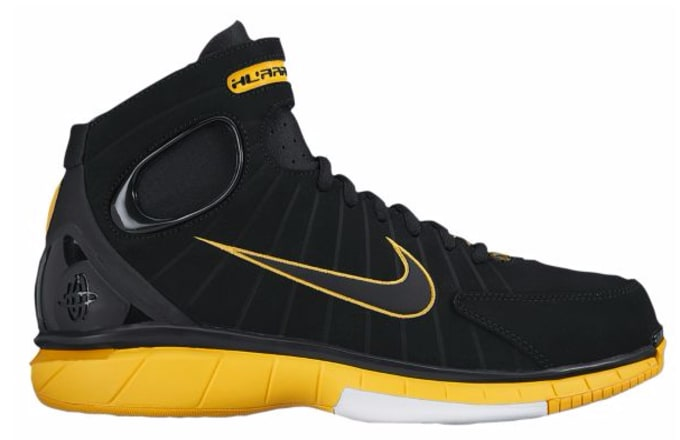0b186fc2281a Image via Foot Locker. Kobe Bryant s signature sneaker collection with Nike  ...