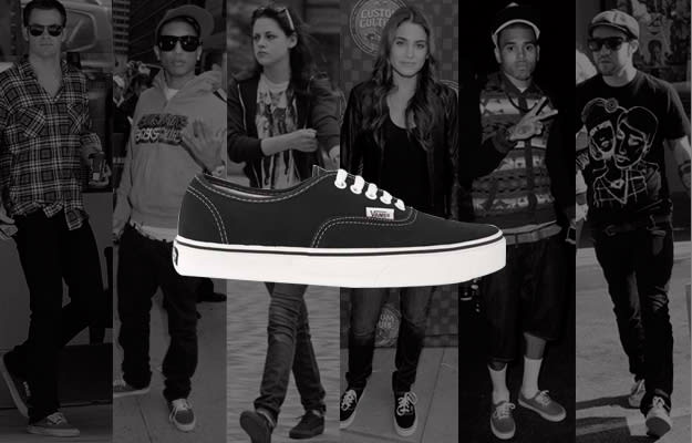 girl wearing vans authentic