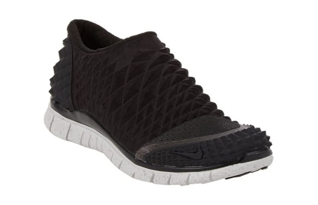 6e7401715ccf5 Limited Sizes of the Nike Free Orbit II SP Are Available at Barneys ...