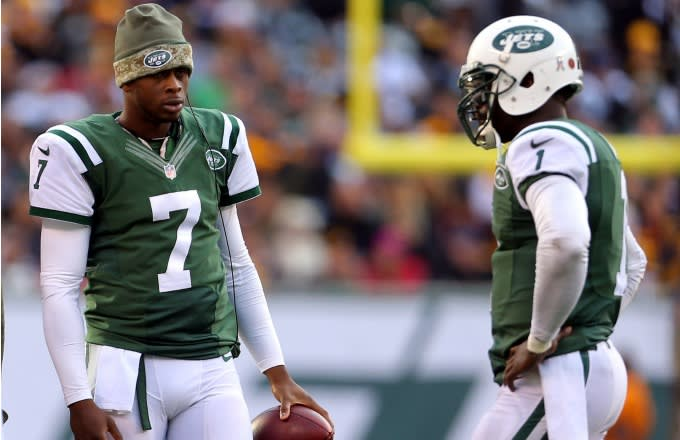 1d3e87348e3 Michael Vick (Jets QB) Thinks He Could Have Won the Jets More Games ...