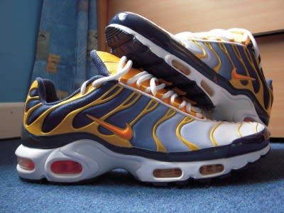 nike air max released in 1998 what was did the cell