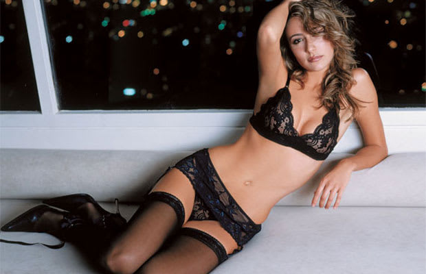 Bogota nude female models