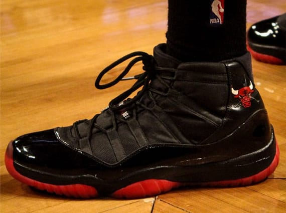 "f1a47e23381621 Air Jordan XI ""Chicago Bulls"" Customs for Malcolm Thomas"