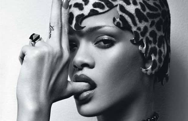 Rihanna Plans To Release Quot Diamonds Executive Platinum Box