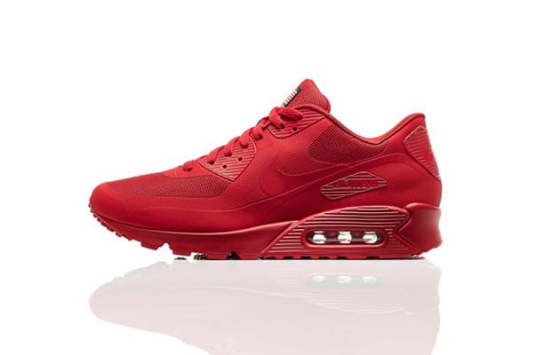 0dd90dc1400e All-red sneakers became an undeniable trend in 2013