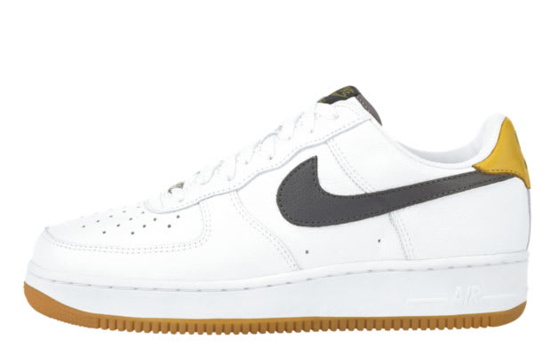 Men's Nike Air Force 1 Low White Turf Orange Sneakers : R70y5935