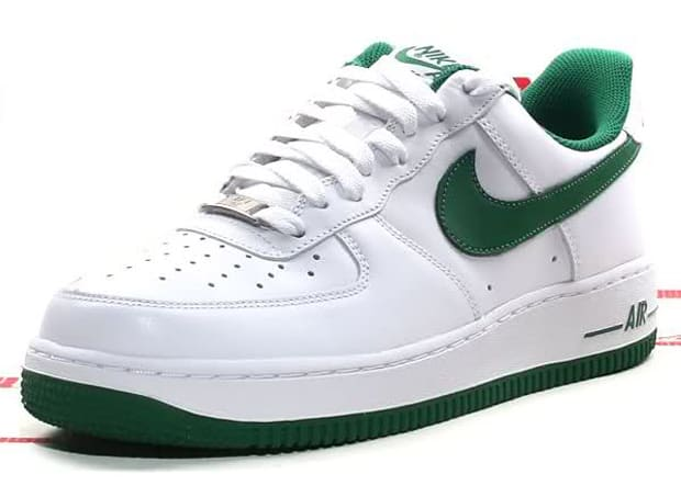 best sneakers 4bc4f 59775 Nike Air Force 1 Low