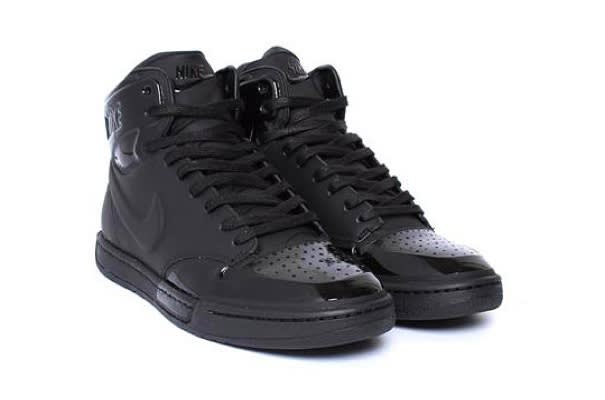 b7b004a813eb3 Nike Sportswear Royal Mid VT TZ