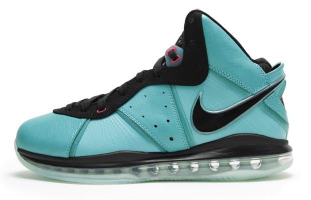 10. Nike LeBron 8 \