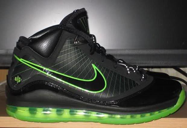 """Nike Air Max LeBron 7 """"DunkMan"""" 2e43b9ffb023"""