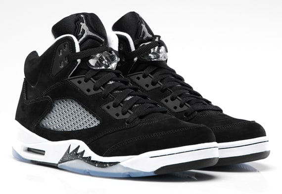 674a0512eb6 The 20 Best-Selling Air Jordans of 2013