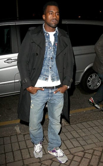 81c7936c48933 ... ireland briefly in 2009 kanye west loved to wear new balance 998s.  a23b6 88030