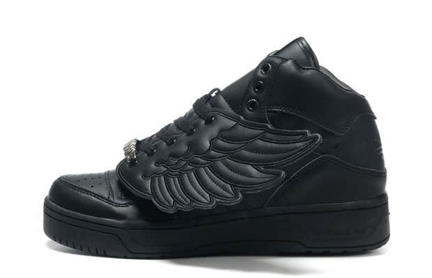 timeless design fce4d 2ba1a Jeremy Scott x adidas JS Wings