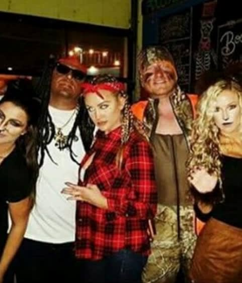 A Popular Country Singer Wore Blackface For Lil Wayne Halloween