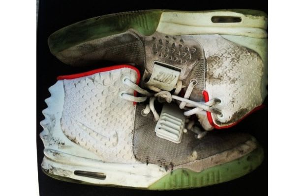 5701be45c5c3 Always clean your kicks before you put them away.
