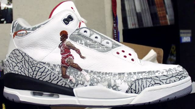 Air Jordan III Touch The Sky