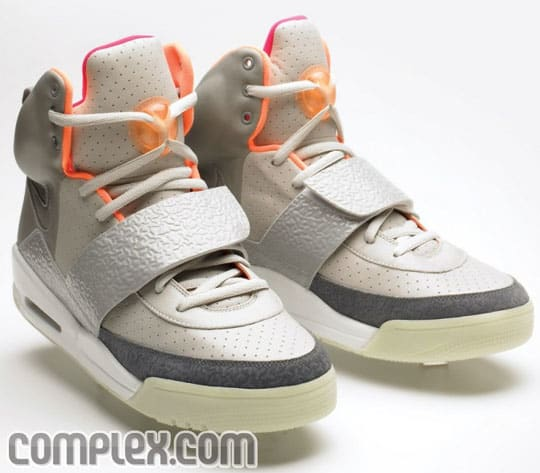 6836e34c908bb How Much Are Nike Air Yeezys Really Selling For on eBay