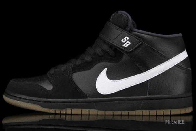 pretty nice a1b20 fadd7 Nike SB Dunk Mid Pro