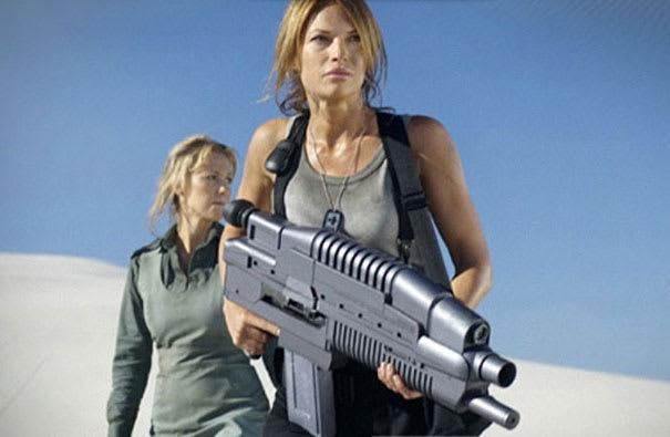 Jolene Blalock Women In Uniform The 10 Sexiest Military