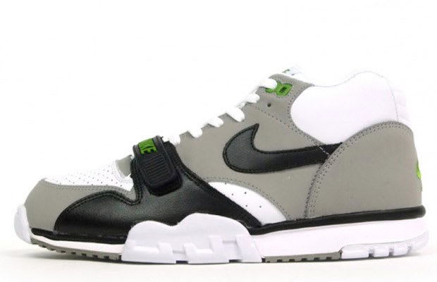 low priced 57442 c0c9e Nike Air Trainer 1