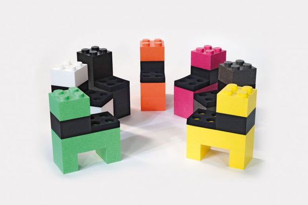 Look At This! A Hobnob of LEGO Furniture   Complex