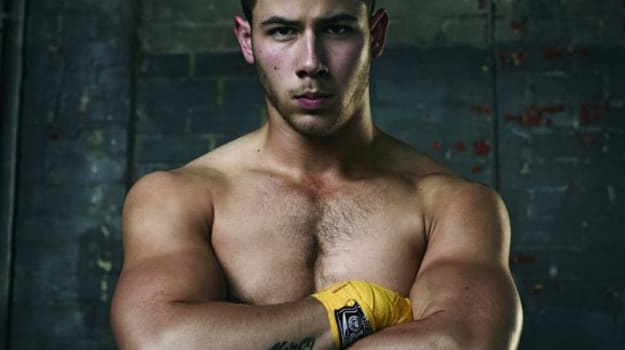 nick_jonas_muscles