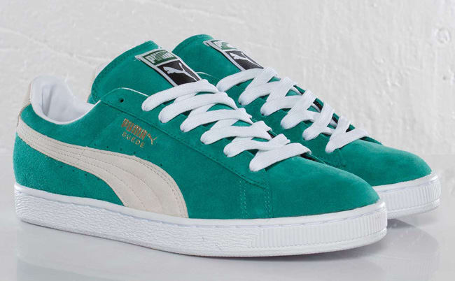 Green goes green on this new release of the Eco edition of the Suede Classic  from Puma. The brand is of course no stranger at releasing said variant 9db510334
