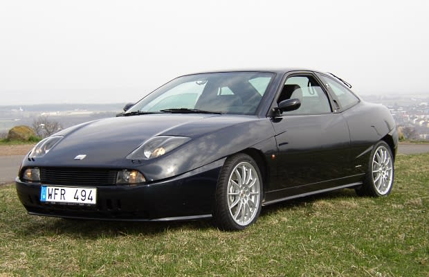 fiat coupe 20v turbo the 25 best european sportscars never sold in the u s complex. Black Bedroom Furniture Sets. Home Design Ideas