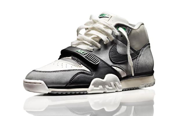 b9829d2f9a1 The 80 Greatest Sneakers of the  80s
