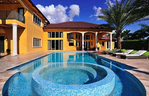 fat joes plantation mansion