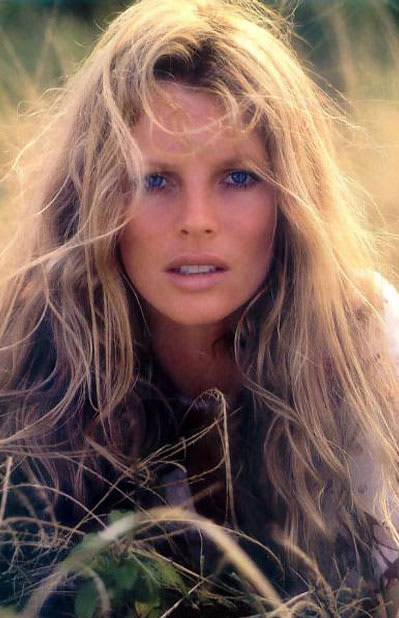 The 80s Fashion Trends That Are Back Today: Kim Basinger - The 80 Hottest Women Of The '80s