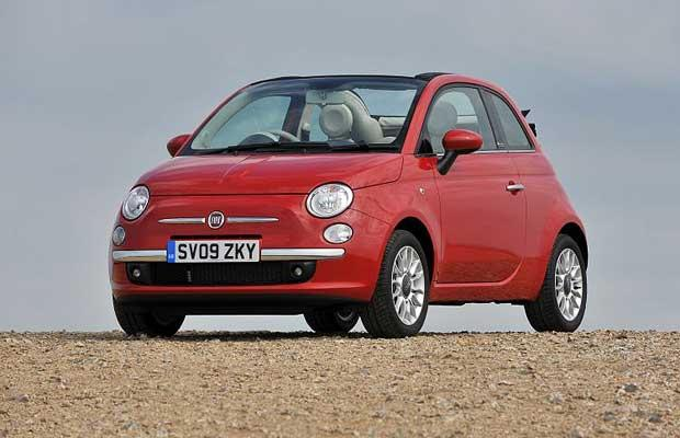 fiat 500 the 10 coolest rental cars available now complex. Black Bedroom Furniture Sets. Home Design Ideas