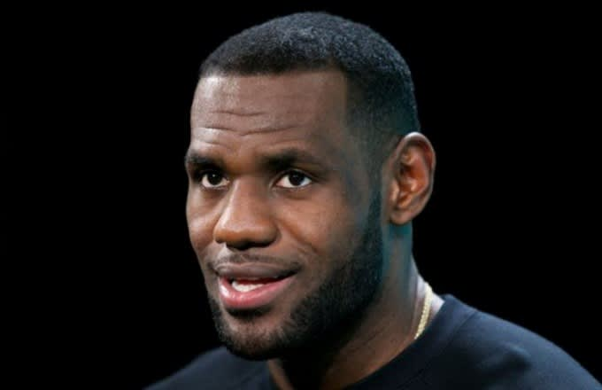 Twitter reacts to the new look of lebron james hair complex winobraniefo Image collections