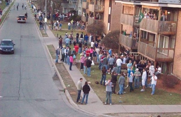 1999 : MSU Takes 2nd Place Regarding 25 Biggest College Riots of All Time