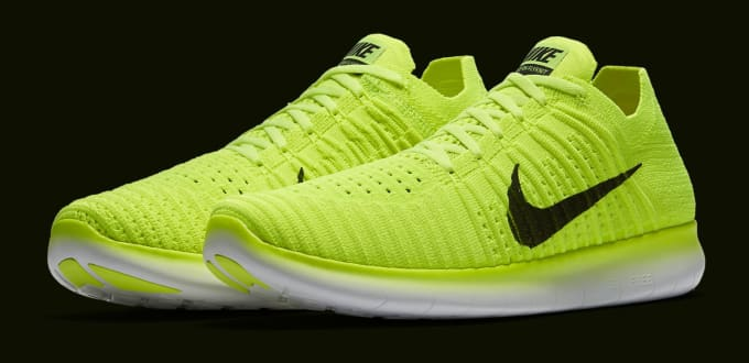 9247082870627b Images via Nike. Nike s again using bright Flyknit ...