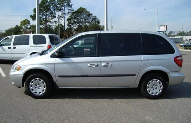 minivan the 11 types of drivers you see in high school complex. Black Bedroom Furniture Sets. Home Design Ideas