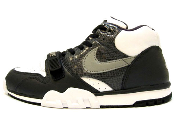 new york f1bf7 5f692 Nike Air Trainer 1