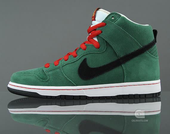 buy online 88e58 87653 Nike SB Dunk High